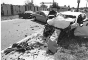 U nehody tří aut v Kyjově zasahoval vrtulník. Řidička zemřela